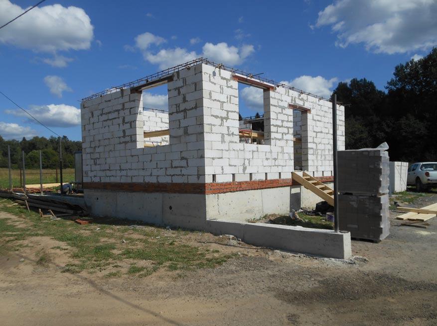 КП Дубровские зори, работы ведутся, строительство домов